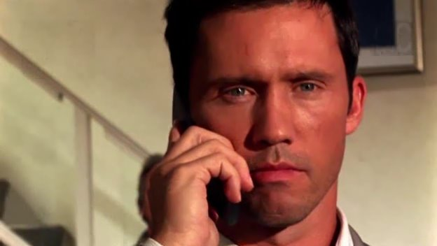 Burn-Notice---Jeffrey-Donovan-789609