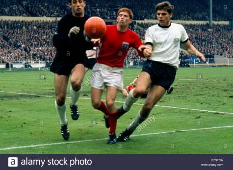 alan-ball-1966-wc